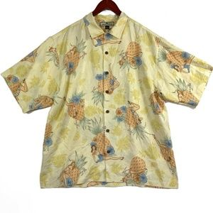 Tommy Bahama Hawaiian Hula Girl Pineapple Button